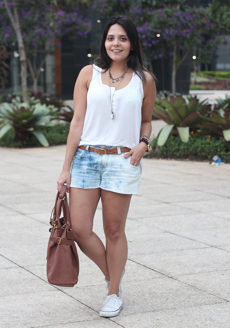 look jeans regata claudinha stoco 2 Look: Jeans e Regata Branca!