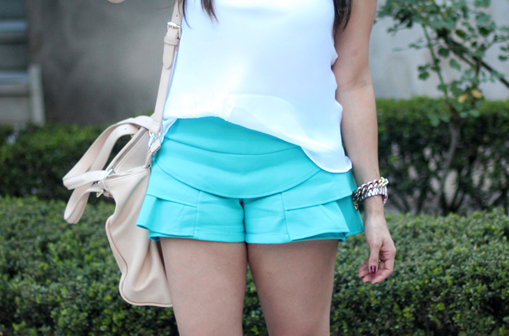 look-shortinho-azul-claudinha-stoco-2