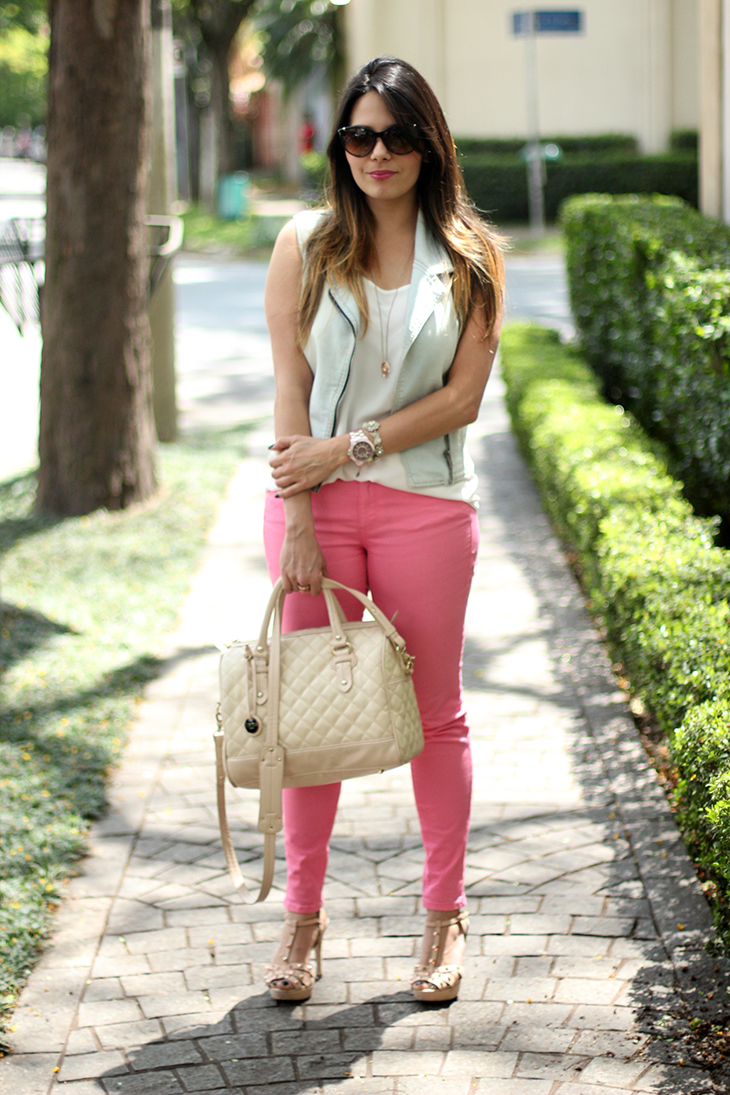 look-calça-pink-colete-jeans-claudinha-stoco-2